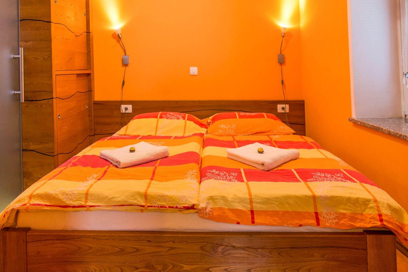 Dvoposteljna soba - apartma smaragdna kapljica